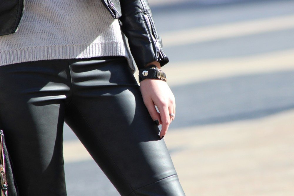 New York Fashion Week: Leather Pants, H&M Leather Jacket, Steve Madden Heels, Rebecca Minkoff Bag, Ray Ban Sunglasses, Zara Necklace, Zara Sweater
