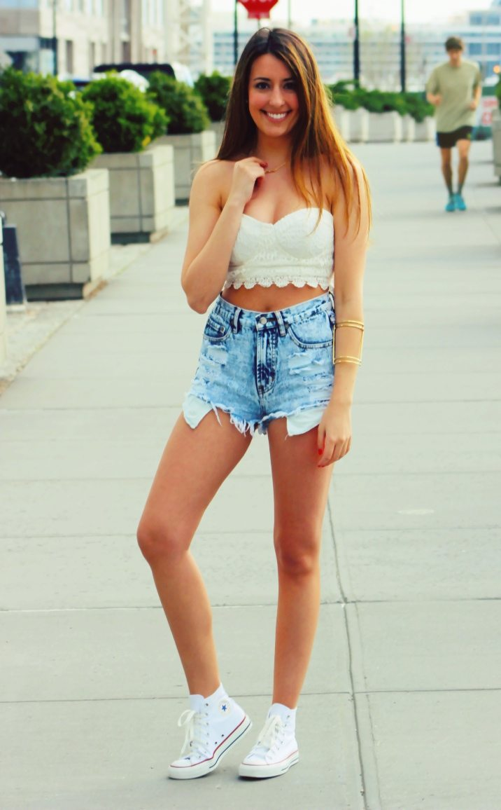 Cute Summer Crochet Crop Top Outfit - Fashion HotBox
