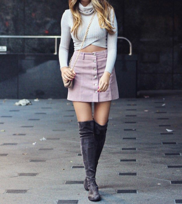 Cute schoolgirl suede skirt over-the-knee boots fall outfit
